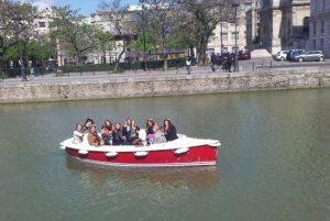 Despedida de soltera en un barco