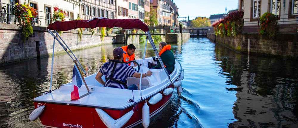 La Petite France paseo en bote electrico en el centro de Estrasburgo